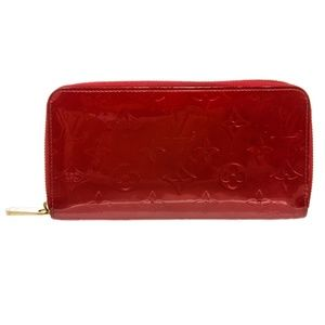 Louis Vuitton Pomme D'Amour Vernis Zippy Wallet